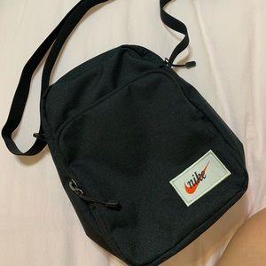 *BRAND NEW* Nike crossbody bag